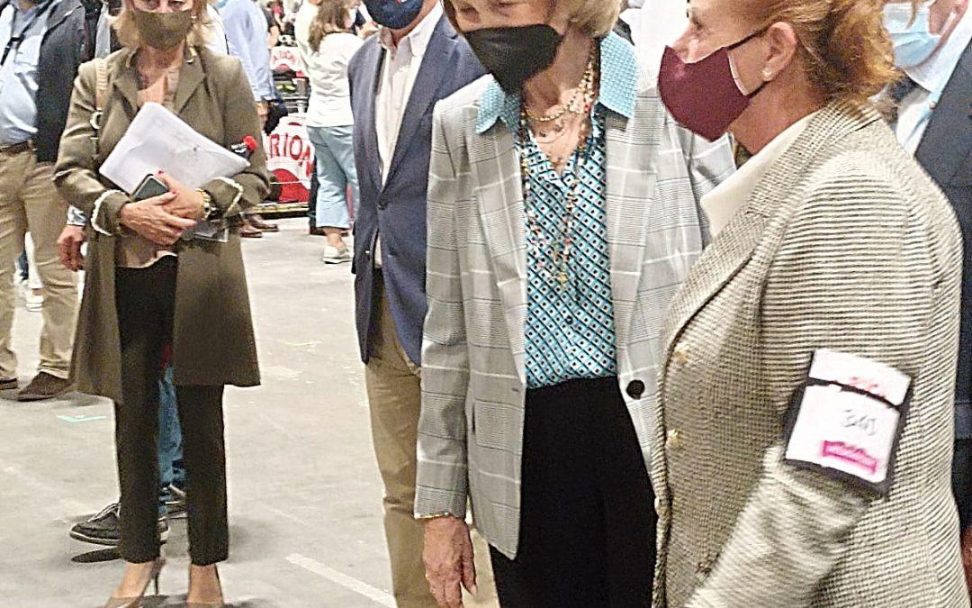 SM la reina Doña Sofía interesada en nuestros perros